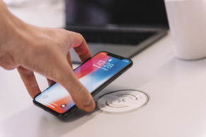 Introducing Smart Wireless Charging that keeps you and your customers connected...