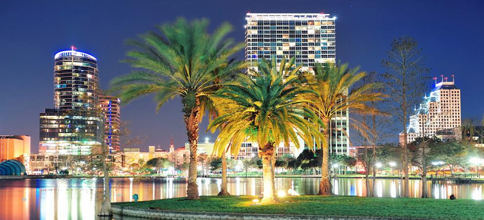 Orlando-Lake-Eola-skyline-at-night.jpg