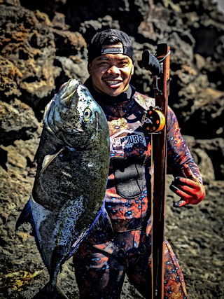 Spearfishing Omilu Maui