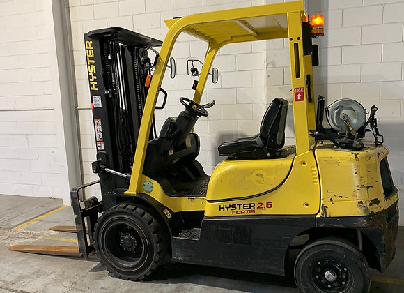Hyster 2.5 ton LPG Container Mast