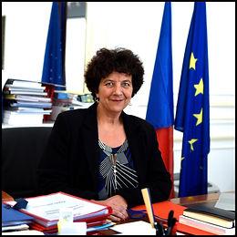 photo officielle Portrait de Mme la mini