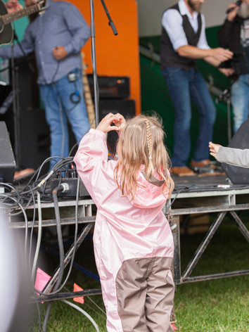 Folk Fest Day 2 By Isert's Originals-2.j