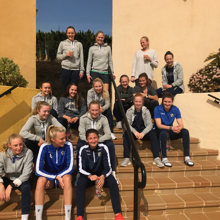 Fine møter med spillerne i Toppserien og Eliteserien
