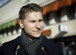Oikeusministeri Häkkänen: Ulkomaalaisten kiinteistökauppoihin rajoituksia ja valvontaa - laki vahvis