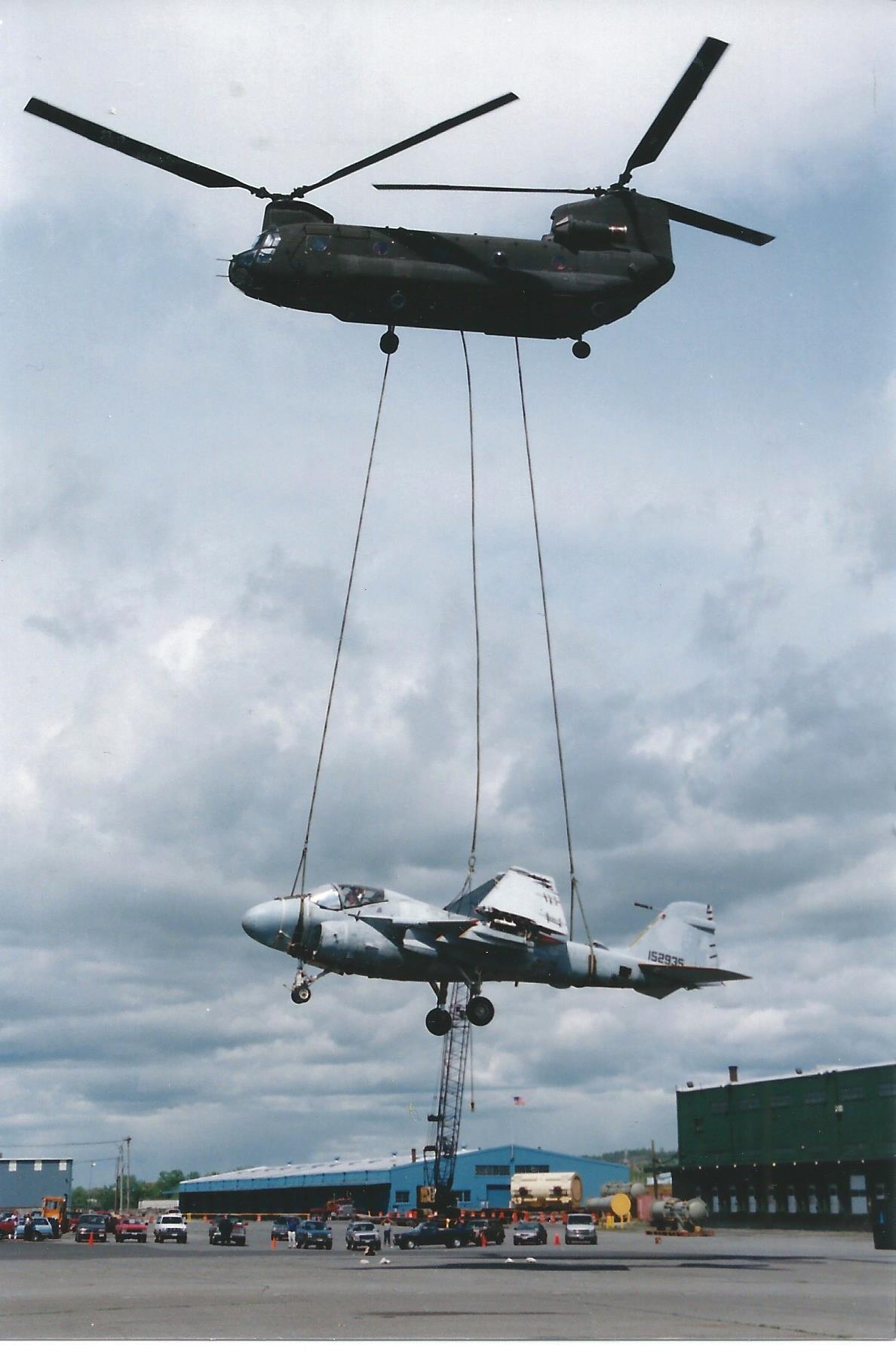 Chinook 2 bringing plane
