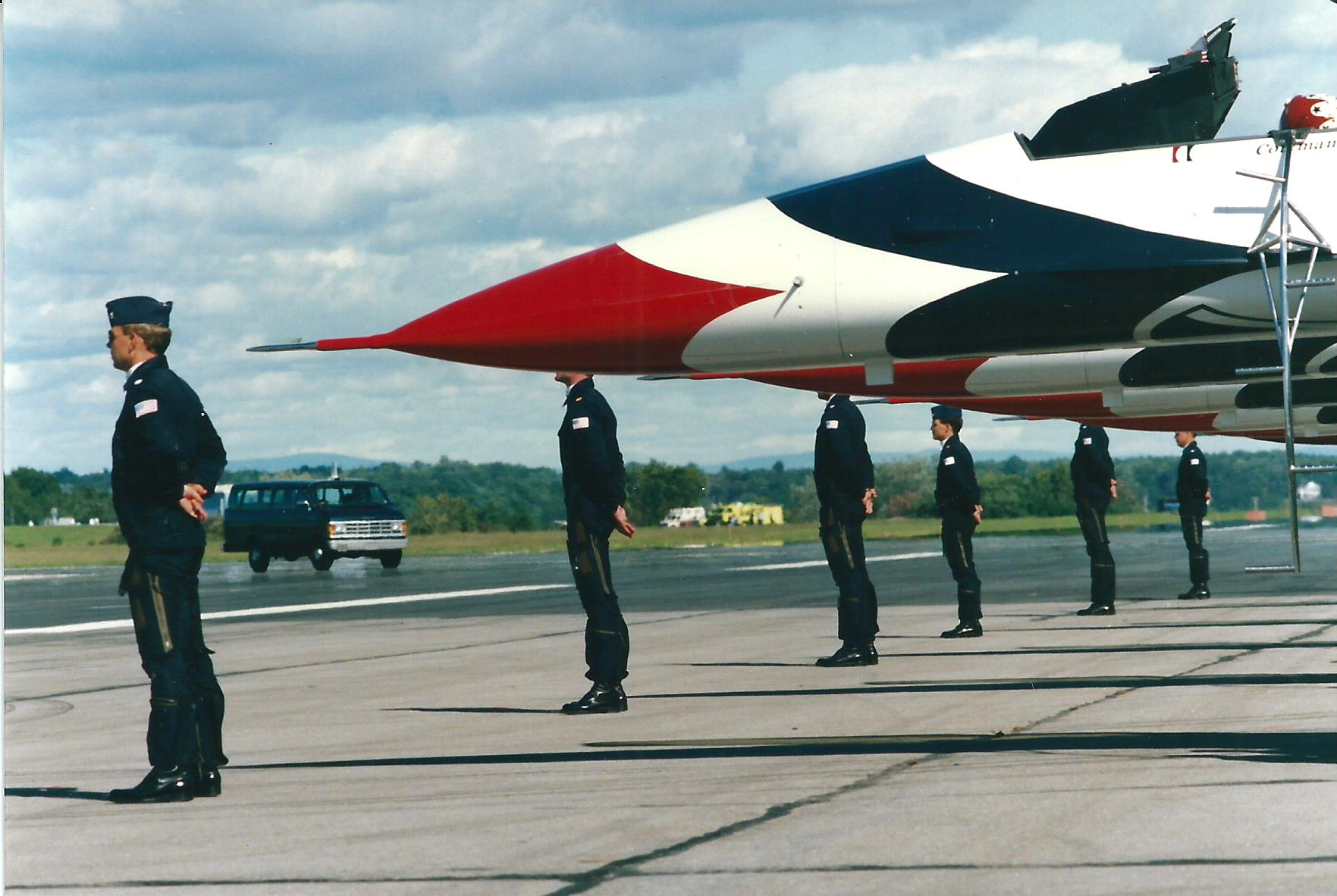 Thunderbirds Line up