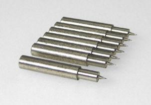 Elettrodi a perforazione per misure di superficie