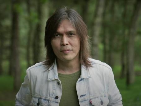 Hear former Dewa 19 frontman Once Mekel's cover of Chrisye's 'Sabda Alam'