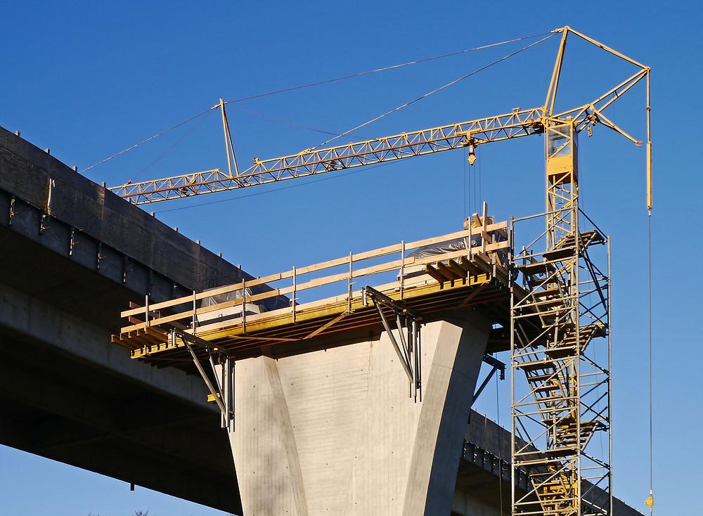 LCSP, contratación pública, parámetros regulación ofertas incursas, presunción de anormalidad