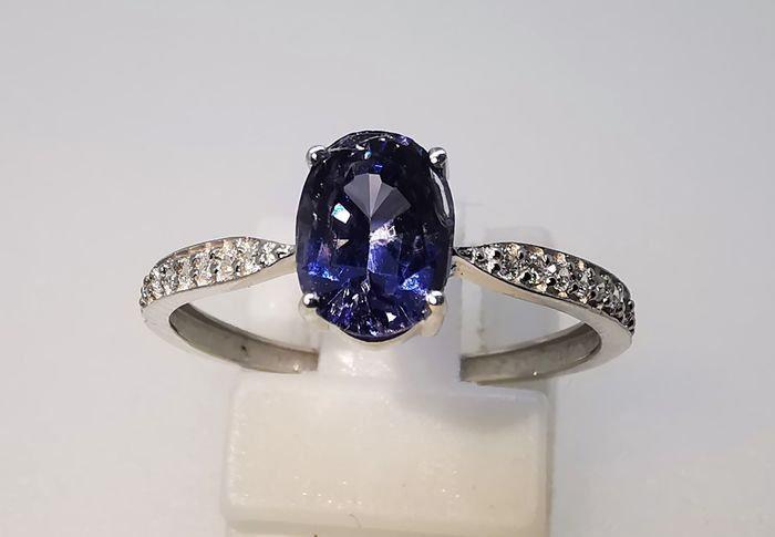 Nieuwe 18 Karaat Witgoud Ring -0.90 Ct Spinela afgewerkt met diamanten