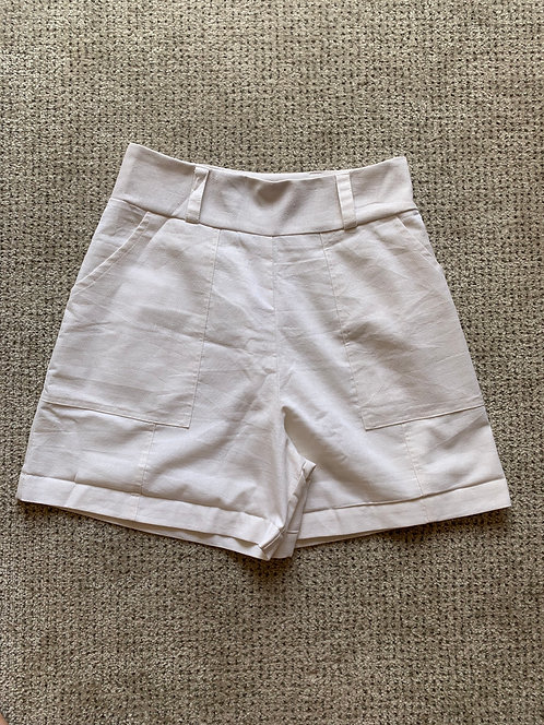 Short off white viscolinho