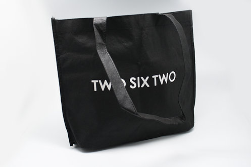 不織布バッグ(横長・ゆるやかな形・トート)