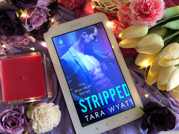 Book Review: Stripped by Tara Wyatt