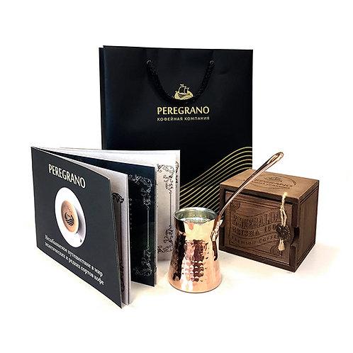 100 г кофе в деревянной коробочке и туркой объемом 0.180 л