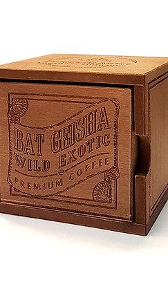 Кофе Бэт Гейша, в зернах, средняя обжарка, в деревянной шкатулке