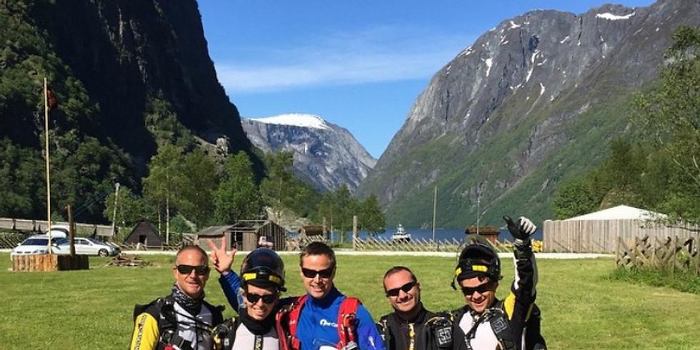 NORWAY - Прыжки над фьордами