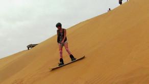 Sandboarding в Намибии (Катание на сноуборде по песчаным дюнам)