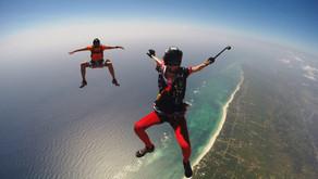 Прыжки с парашютом над пляжами Кении вместе с IRADIMA