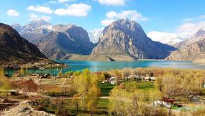 Озеро Искандеркуль - жемчужина Таджикистана