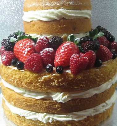 Delivering exceptionally beautiful and utterly delicious wedding cake and cupcake creations throughout the Dordogne and Charente.