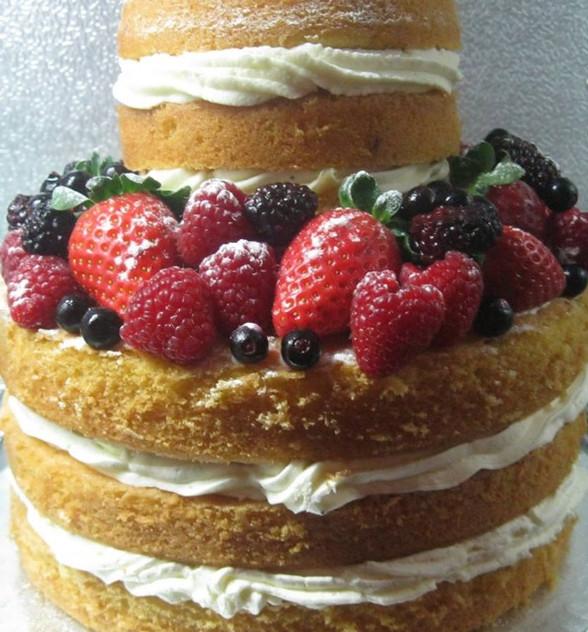 Dordogne wedding cakes - naked