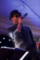 An energetic 6 piece Funk and Soul band for weddings near Toulouse and Bordeaux.