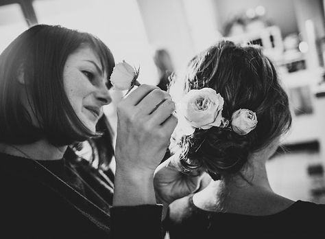 Wedding hairdresser in South-West France