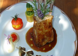 Concept catering near Toulouse rack of lamb