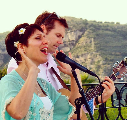 Wedding band in the dordogne