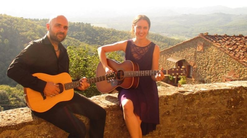 A and M acoustic duo