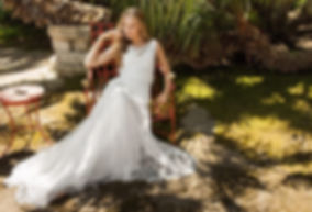 Divine wedding dresses in South-West France