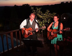 Acoustic duo entertainment for weddings near Sarlat