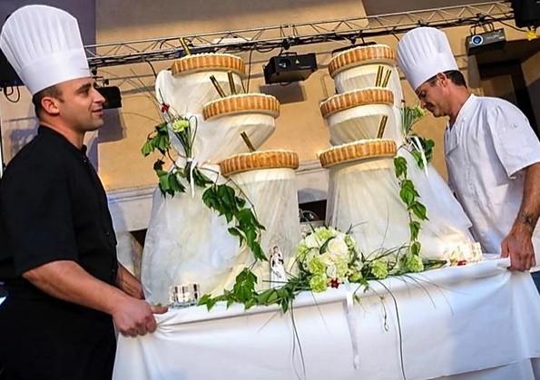Delicious Dordogne wedding caterer