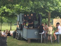 Mobile bar - grand chateau Excideuil