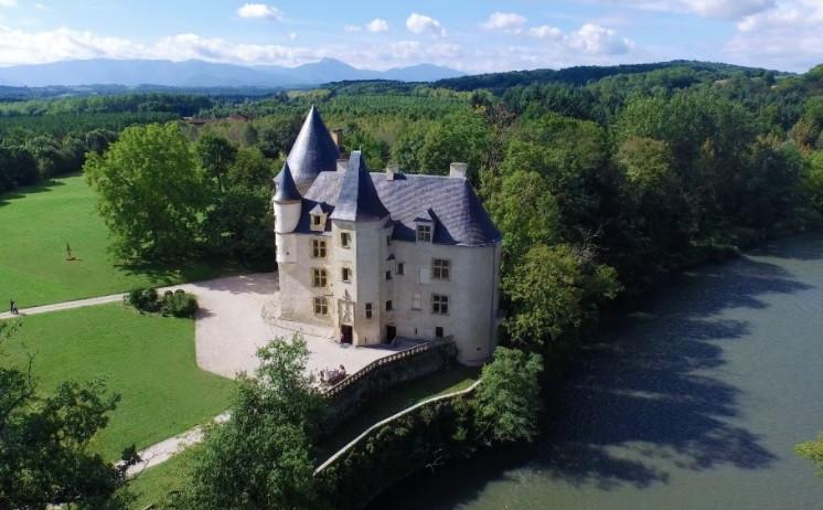 Magical Garonne Riverside Renaissance Chateau