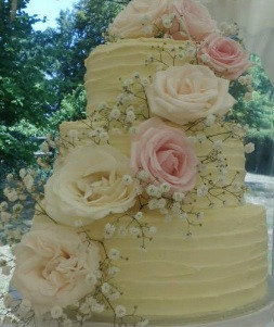 5 Creations Cake Boutique 2.jpg