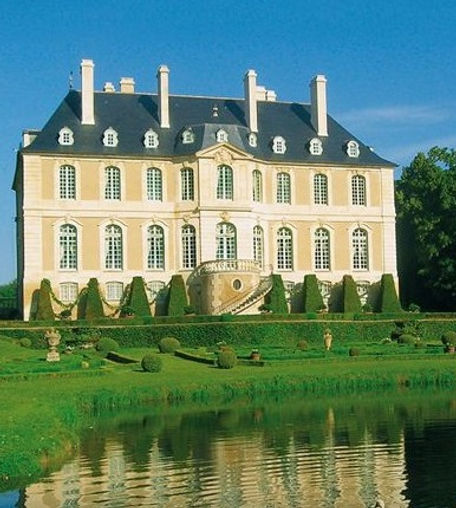 Elegant chateau in Normandy