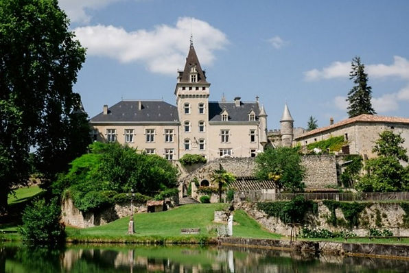 Stunning chateau venue for weddings in theLot et Garonne
