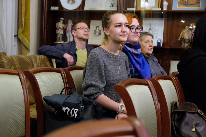"""Фото-репортаж о моей фотовыставке """"Уроки чтения"""" в Москве"""