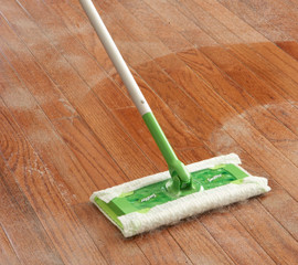 Best Way to Clean Wood and Laminate Floors