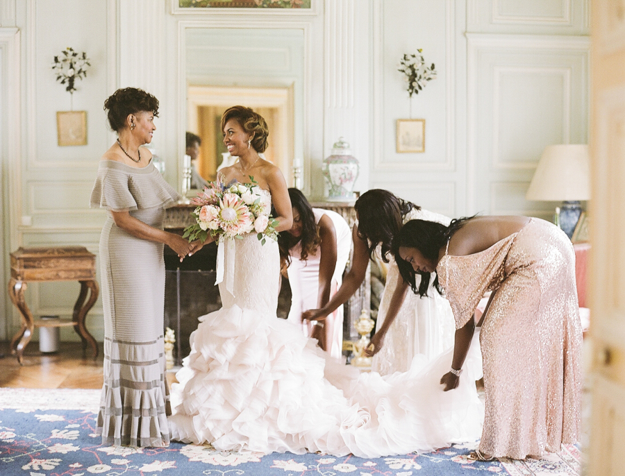 wedding morning beauty prep