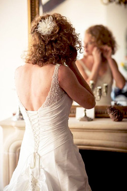 natural curly wedding hairstyle