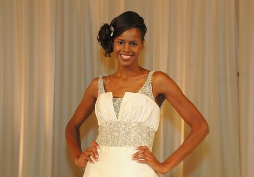 Model at Atlanta Wedding Show