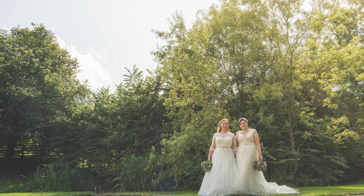 Hannah & Louise 405.jpg