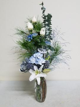 Blue & Silver Arrangmente