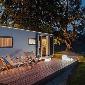 Nova luksuzna kuća na točkovima u skladu sa prirodom