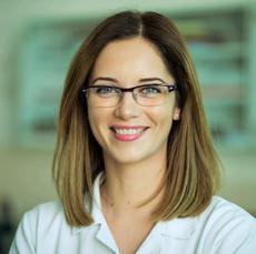 Dr Ana Krivokuća