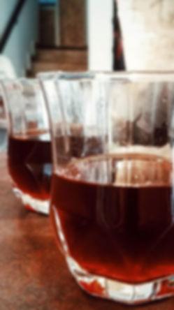 Bom café e boa companhia ❤_._._._._._#co