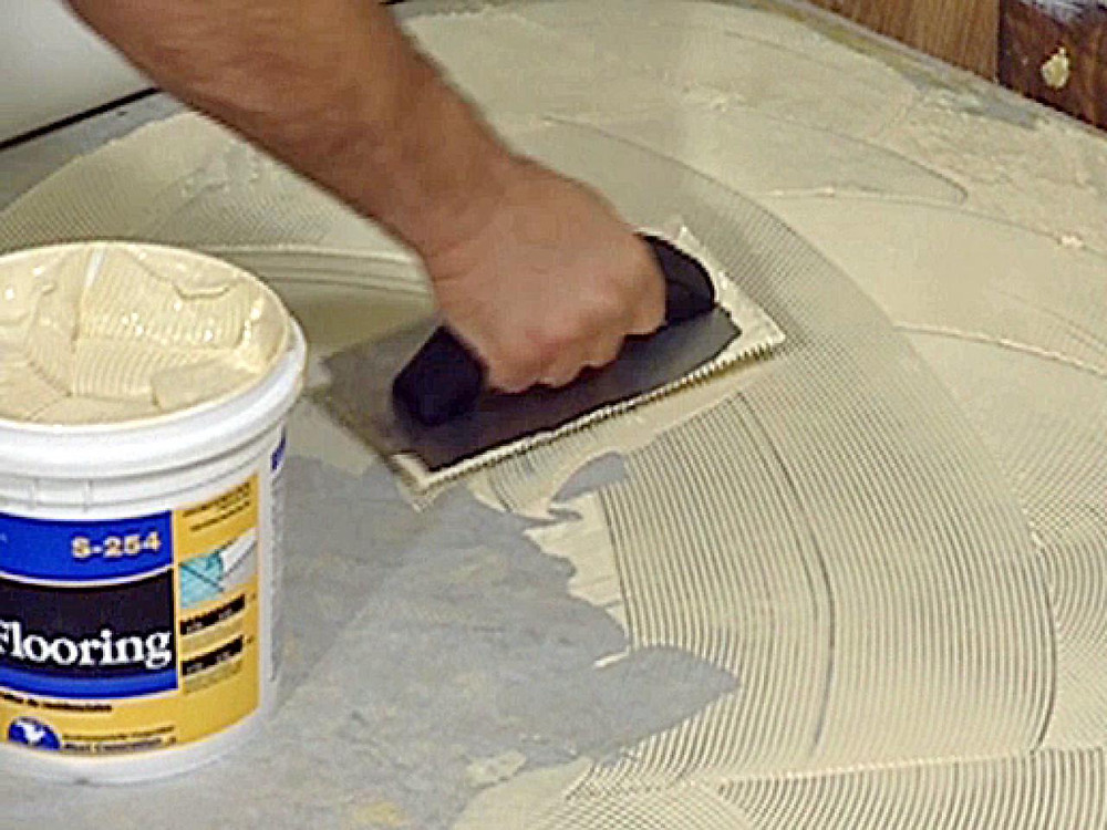 use of glue, not environmentally friendly, damages the floor
