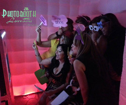 inflatable-led-photobooth-640x533
